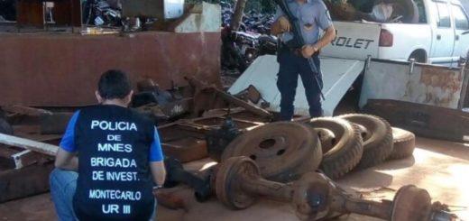 Camión robado en Montecarlo apareció desguazado en Andresito