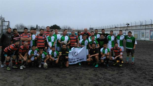 Un partido histórico: un grupo de presos jugó al rugby contra un equipo de agentes penitenciarios