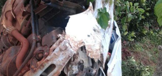 Dos despistes en las afueras de Alem: susto y daños materiales