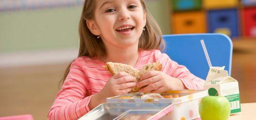 Tips para cuidar la alimentación de los niños tras la vuelta a clases