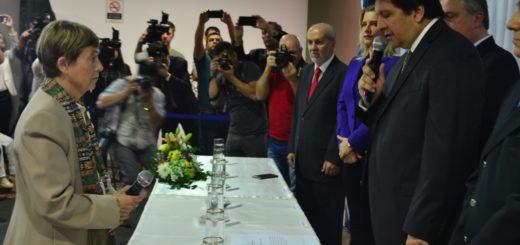 En medio de una ovación y con un Palacio de Justicia repleto, Liliana Picazo asumió como ministra del Superior Tribunal