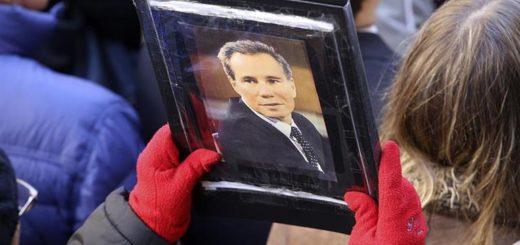 """En el aniversario del atentado, la AMIA pidió """"que la verdad no se diluya en pactos espurios que benefician a los criminales"""""""