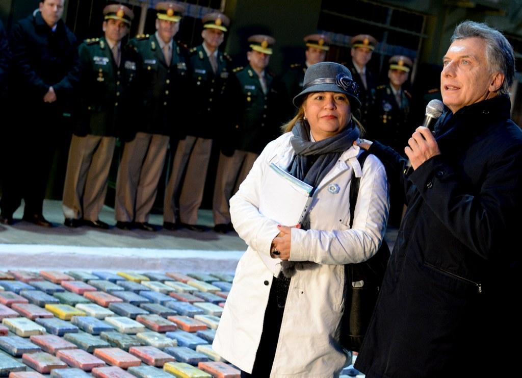 El presidente Macri encabezó la incineración de la cocaína incautada en el operativo «Bobinas Blancas»