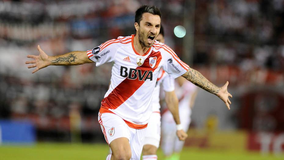 River pisó firme en Paraguay y acaricia la clasificación