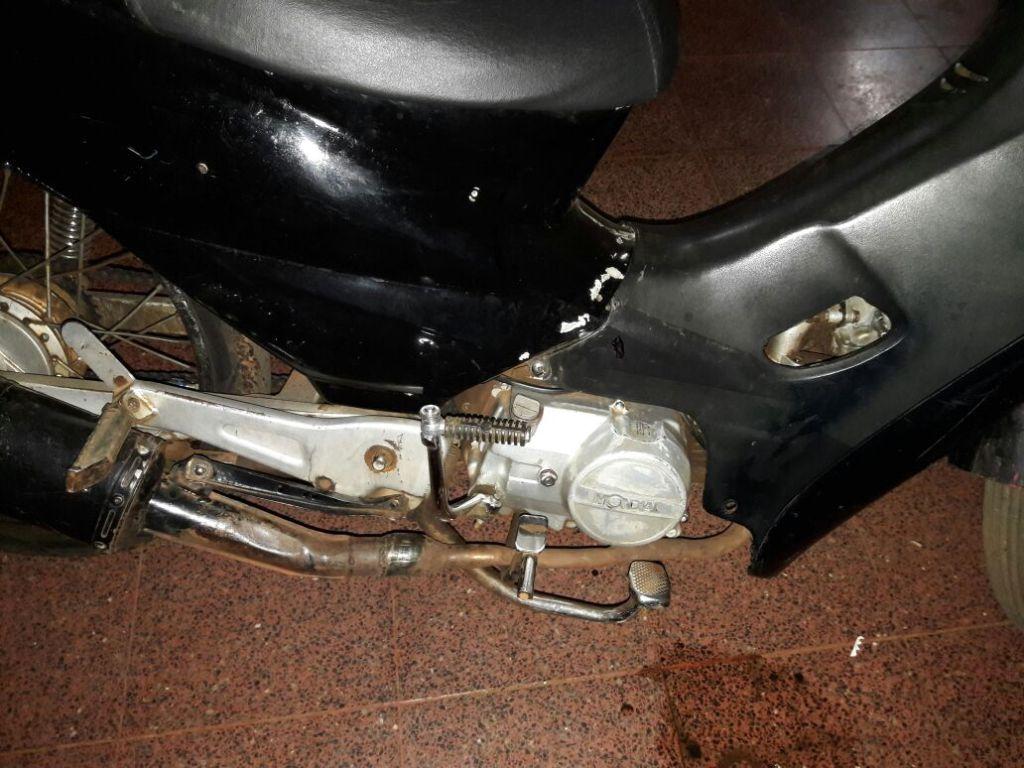Andaba en una moto robada y se encontró con un control policial: preso