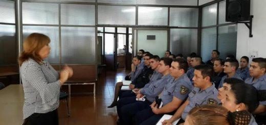 Oficiales sumariantes de la Policía de Misiones fueron capacitados por el Poder Judicial