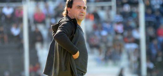 """Crucero sigue sin DT: el """"Sapito"""" Coleoni seguirá en Central Córdoba"""