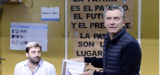 """Votó Mauricio Macri: """"Estamos ansiosos, espero que en todos lados nos expresemos a favor de este cambio"""""""