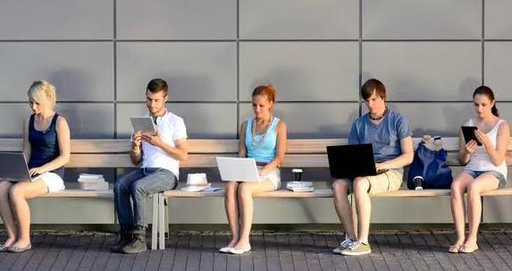 Malacostumbrados a la tecnología: ¿podemos volver a vivir desconectados?