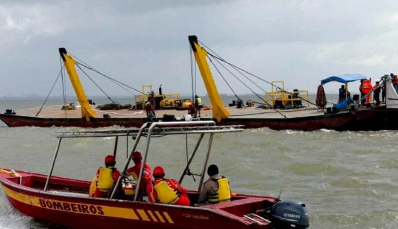 Se hundió un barco en Brasil con 70 pasajeros: hubo al menos 10 muertos y decenas de desaparecidos