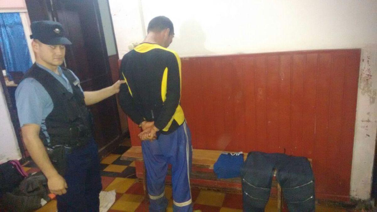"""Detienen al """"Polaco"""" por robar prendas de vestir y amenazar de muerte al damnificado en El Alcázar"""
