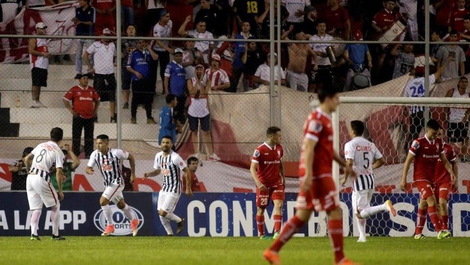 Copa Sudamericana: Huracán se despidió tras una llave para el olvido