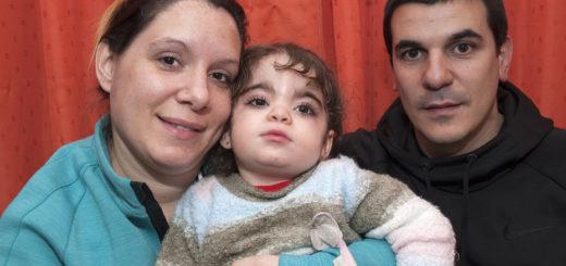Una nena de dos años sufre una enfermedad que afecta sólo a 50 personas en el mundo y su familia pide ayuda