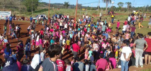 Por segundo año consecutivo la Policía llevó alegria, juegos y diversión a los niños de los barrios de Oberá