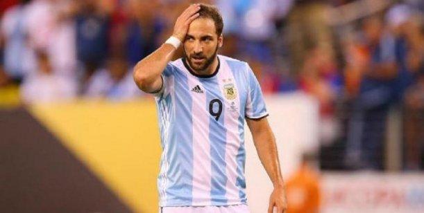 Por qué Gonzalo Higuaín se quedó afuera de la lista de Sampaoli
