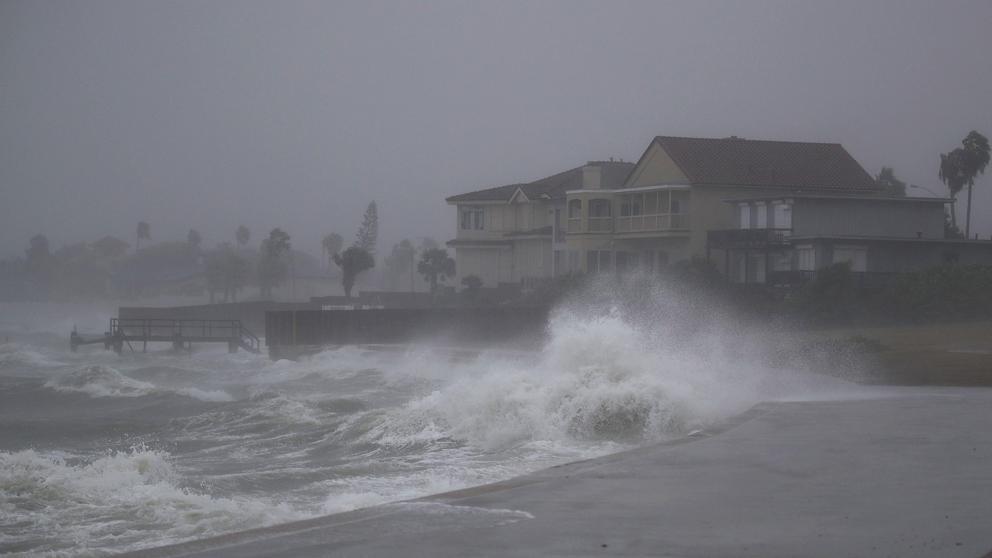 """EEUU: Alerta en Texas por la llegada del huracán """"Harvey"""""""