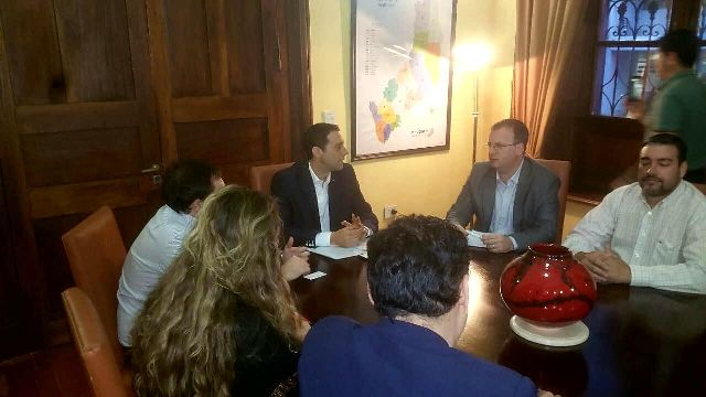 El ministro de Gobierno recibió a Adepa y FoPreMi por el caso Jesús Báez