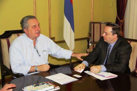El gobernador Passalacqua se reunió con el presidente de la DAIA para trabajar en conjunto contra todo tipo de discriminación