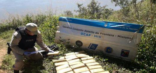 Secuestran marihuana abandonada por canoeros en la costa de Eldorado