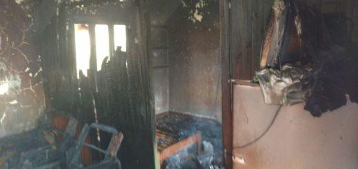 Incendio provocó importantes daños en una casa de Bonpland