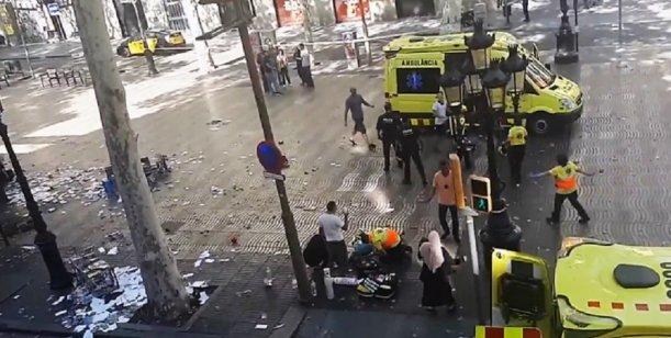 ISIS reivindicó el atentado en Barcelona: «el blanco eran los lugares cruzados en España»