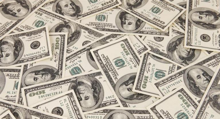 El dólar cerró estable a $17,87 y esperan que se mantenga