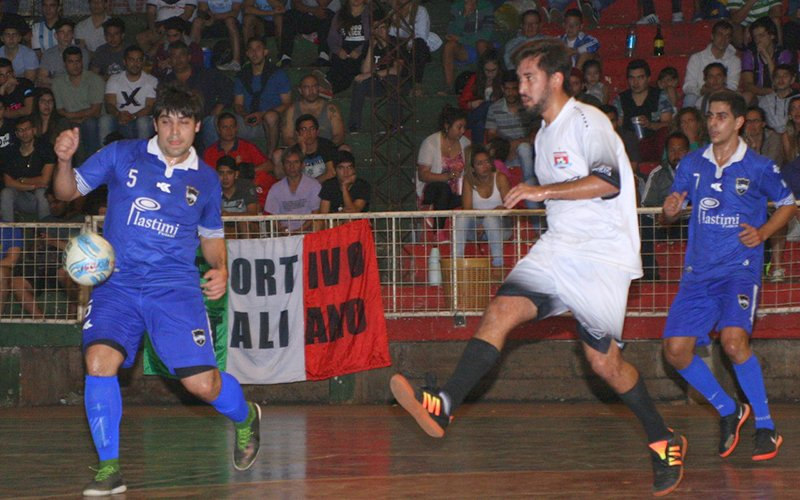 Futsal: Plastimí y Tacuarí a un paso de otra gran final