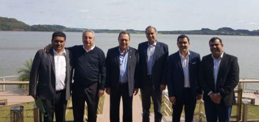 Santos destacó la potencialidad del circuito náutico del Paraná y anunció que el BID invertirá 100 millones de pesos en el  corredor jesuítico