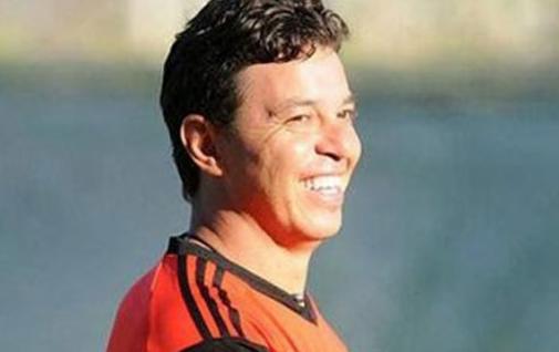 Gallardo confirmó que sigue en River pero puso sus condiciones