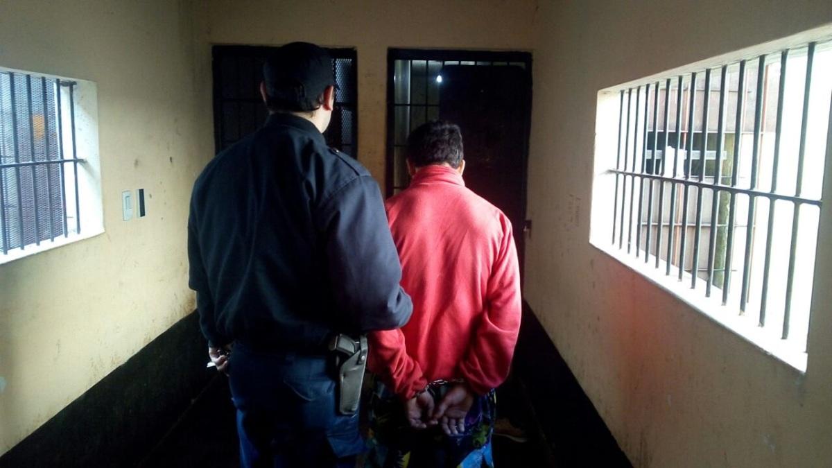 Violento atacó con un garrote a una vecina y fue detenido en Posadas