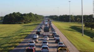 De ciencia ficción las imágenes de las autopistas de Florida colapsadas tras éxodo masivo por furia del huracán Irma