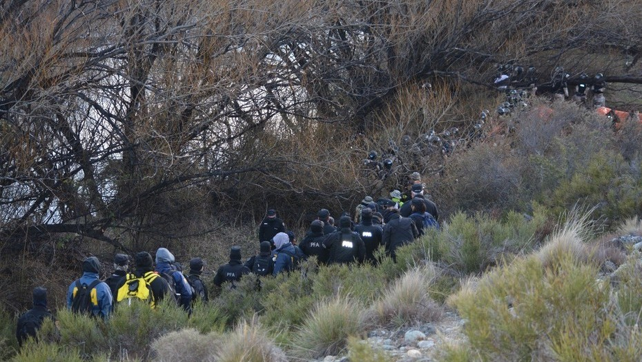 Caso Maldonado: En un audio, un gendarme habla de un cuerpo que quedó flotando en el río