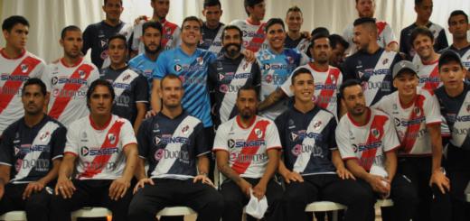 Con la ilusión renovada Guaraní presentó su plantel que competirá en el Torneo Federal A
