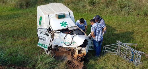 Tragedia en la ruta 12: choque frontal entre una ambulancia y una camioneta dejó una mujer fallecida
