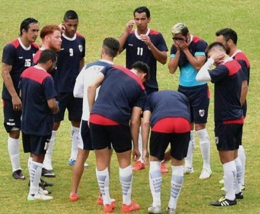 Guaraní recibe a Patria para ganar por primera vez de local y con Salinas en la tribuna
