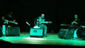 Gary Anadon hizo vibrar el Montoya con un aplaudido concierto unplugged