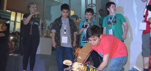 """En el cierre de las jornadas de exposiciones, destacan el """"éxito pedagógico"""" de la Escuela de Robótica"""