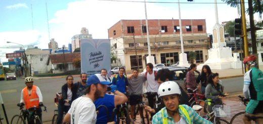 Ciclistas pedalearon por más seguridad y convivencia vial