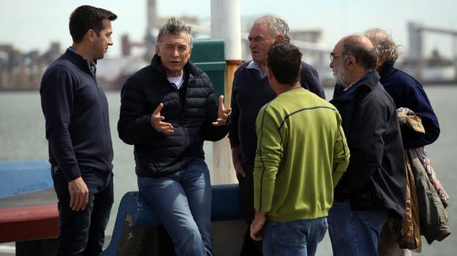 Macri y la gobernadora de Buenos Aires encabezaron el último timbreo antes de las elecciones