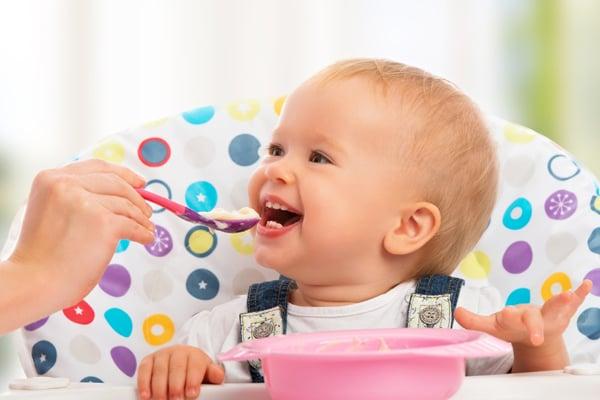 Nutrición: ¿Dar o no azúcar y sal en niños menores de un año?