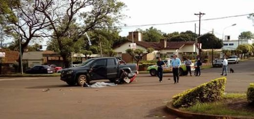 Motociclista falleció al chocar con una camioneta en Apóstoles