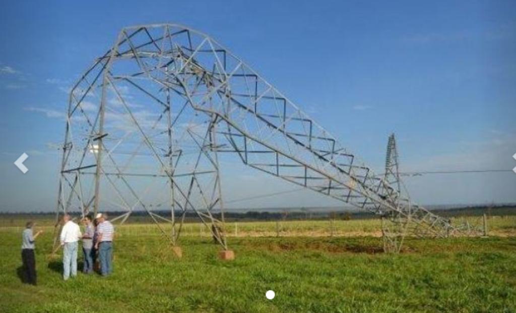 Paraguay: el temporal destrozó torres de alta tensión y dejó sin energía a varias localidades