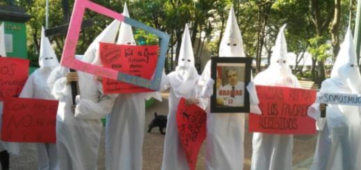 """El """"Ku Klux Klan paraguayo"""", la curiosa protesta contra el Ministro de Educación"""