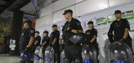 La policía deberá cumplir un nuevo protocolo establecido por el gobierno al detener a personas LGBT