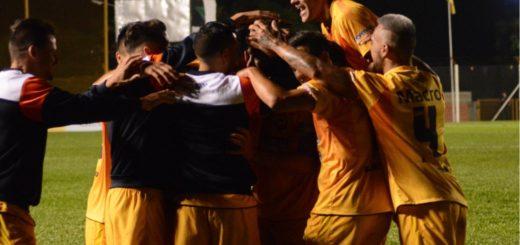 Vea los goles de la victoria de Crucero ante Juventud Antoniana