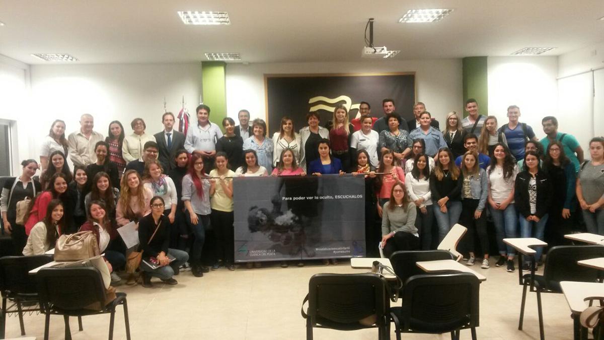 Se conmemoró el Día Internacional de la No Violencia en la UCP Posadas