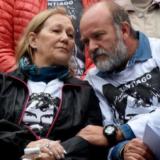 Polémica en Rosario por una camioneta de Gendarmería que desfiló en un acto por Santiago Maldonado