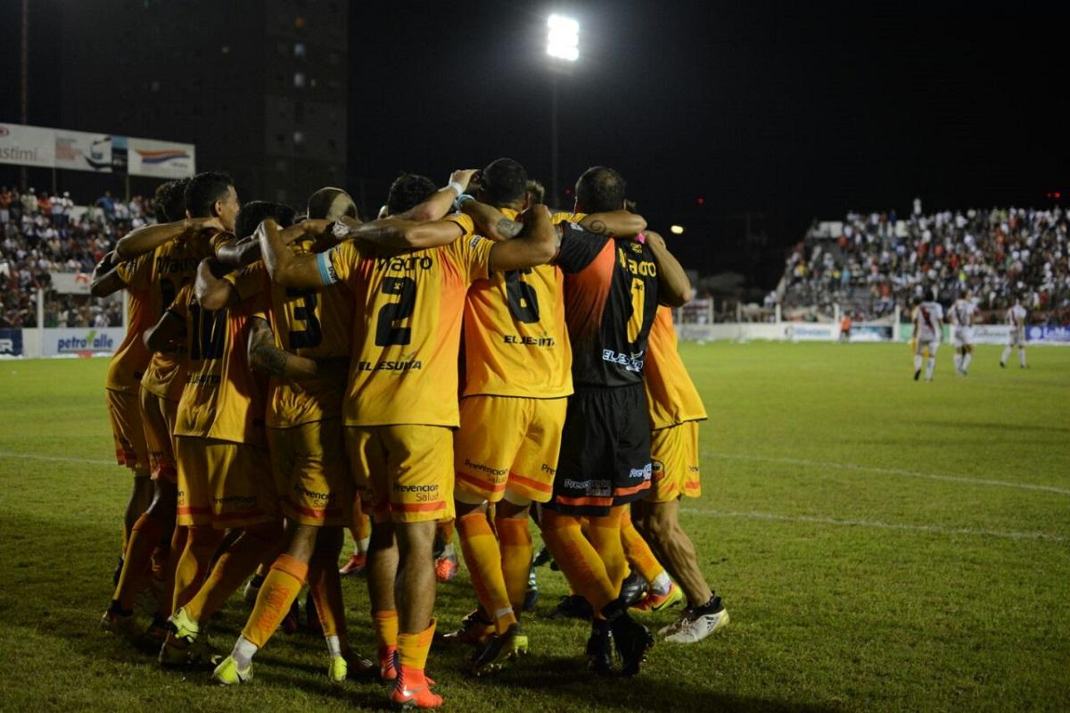 Crucero se hace fuerte en Formosa y le gana 2 a 0 a Sportivo Patria