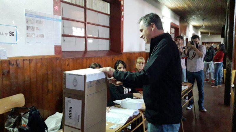 Diego Barrios votó y adelantó que para hoy espera que se consolide el proyecto que comenzó a desarrollarse en la Argentina