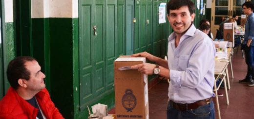 Martín Arjol votó en la Normal Mixta N°1 y criticó picardías en cuanto a la adulteración de boletas